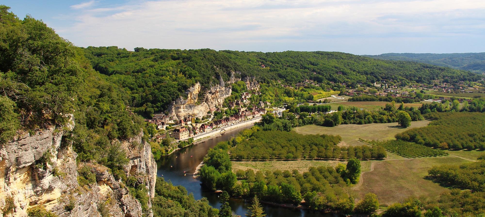 Camping La Dordogne Verte : Dordogne Background