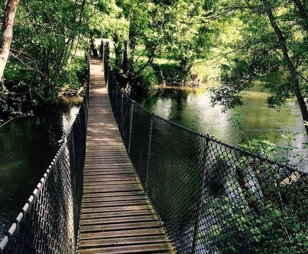 Camping La Dordogne Verte : Base De Pleine Nature De Poltrot