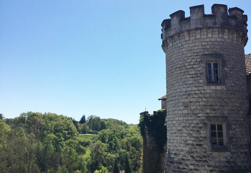 Camping La Dordogne Verte : Bastide De Nontron