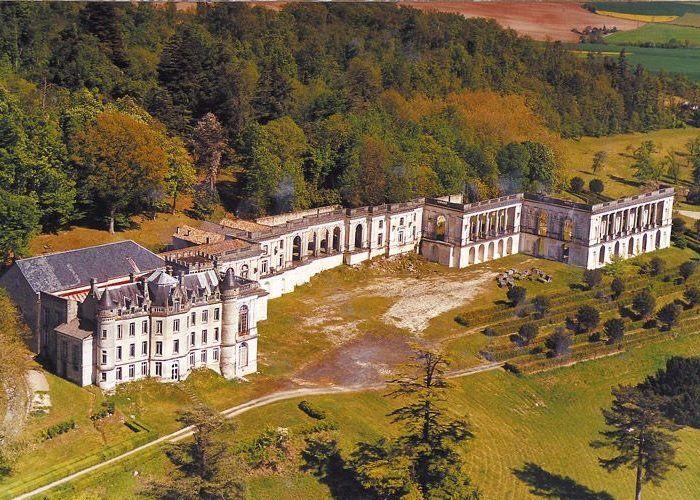 Camping La Dordogne Verte : Château De La Mercerie
