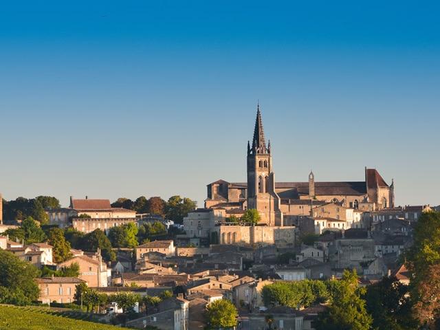 Camping La Dordogne Verte : St Emilion (ville Et Vin)