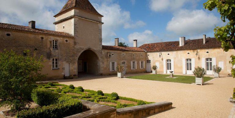 Camping La Dordogne Verte : Saint Privat Des Pres